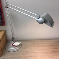 DIFFRIENT TASK LIGHT